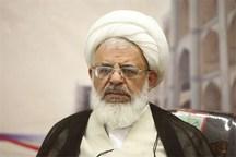 امام جمعه یزد: سختگیریهای فراتر از قانون مردم را دلزده میکند