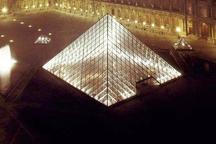یک مسئول: موزه شیشه ای در میدان امام  همدان احداث می شود