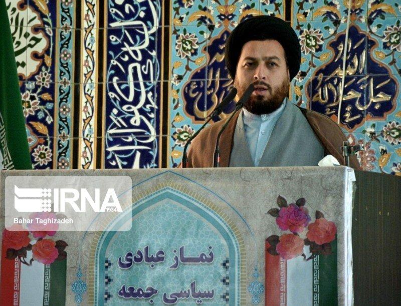 امام جمعه رودبار قصران: انتقام ایران، حیثیت آمریکا را برد