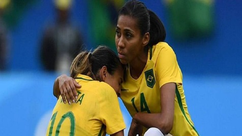بهترین بازیکن فوتبال زنان جهان کرونا گرفت