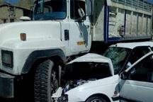 برخورد پژو پارس با کامیون در قزوین 2 کشته بر جا گذاشت
