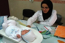 بهورزان ایثارگران حوزه بهداشت در خدمت رسانی به مردم هستند