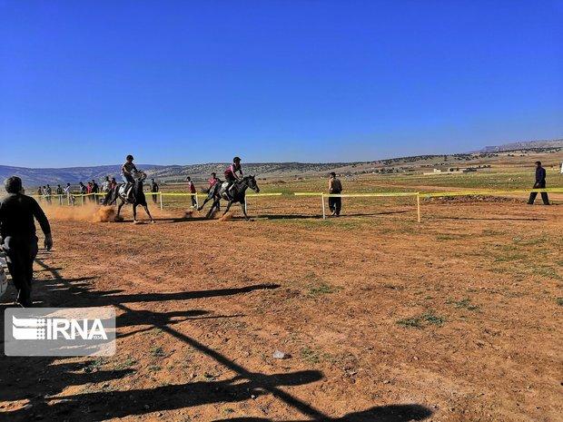 سوارکاران برتر مسابقات اسب سواری پاییزه ایلام معرفی شدند