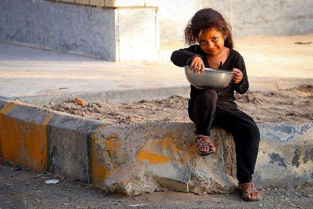توزیع سبد غذایی ویژه کودکان در البرز