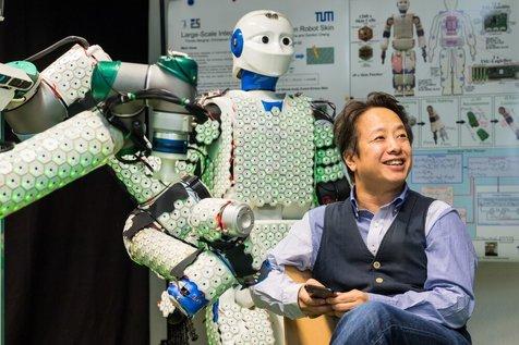 نخستین ربات انسان نما با پوست مصنوعی+ تصاویر