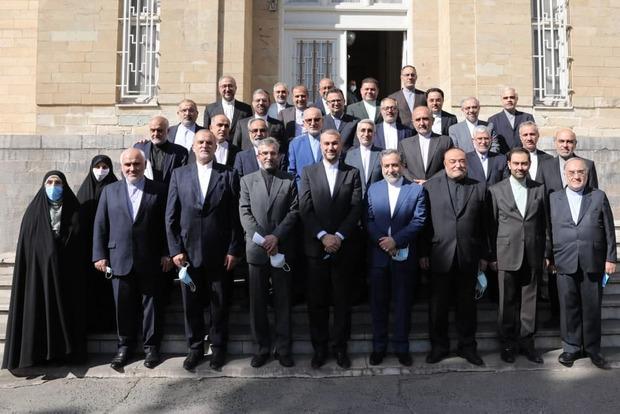 اظهارنظر معنی دار عراقچی در مراسم تودیع در وزارت خارجه + عکس