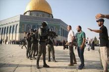 حمله به نمازگزاران فلسطینی در مسجد الاقصی