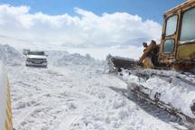 برف و کولاک راه ارتباطی 35 روستای خلخال را مسدود کرد