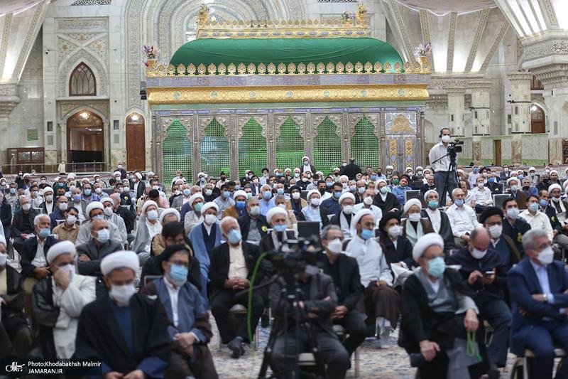 مراسم بزرگداشت حجت الاسلام و المسلمین محتشمی پور(ره) در حرم مطهر امام خمینی