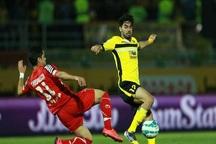دیدار فوتبال سپاهان و پرسپولیس با تساوی یک بر یک پایان یافت
