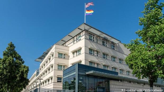 دیپلماتهای آمریکا در برلین به سندرم هاوانا مبتلا شدند