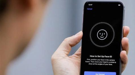 احتمال وجود فناوری Face ID زیر نمایشگر در آیفون ۲۰۲۳ اپل