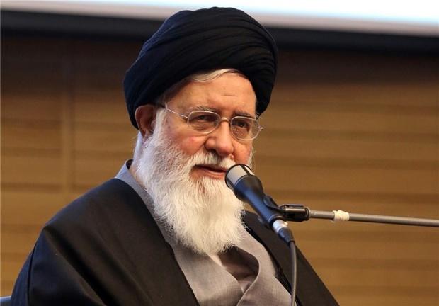 علم الهدی: عملیات روانی دشمن باعث کنار گذاشتن حضرت علی(ع) از رهبری شد