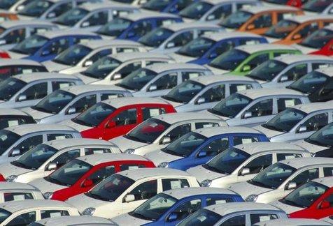 تازه ترین نرخ خودروهای پرفروش داخلی در بازار + جدول/ 21 مهر 98