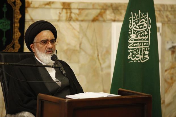 درخواست امام جمعه قم از مردم برای وارد شدن به مسائل مربوط به حجاب
