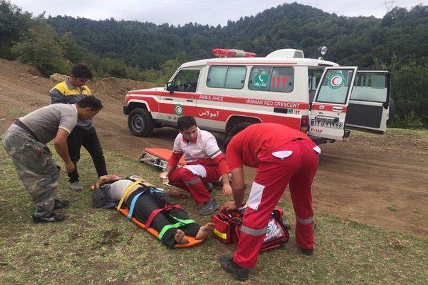 سقوط از ارتفاع و مصدومیت یک نفر در آستارا