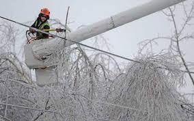 مشکلات مردم در جریان قطع برق گسترده در لاهیجان در تعامل و صبوری مثال زدنی در حال رفع است