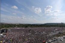 بزرگترین تظاهرات در جمهوری چک علیه نخست وزیر اختلاسگر+عکس