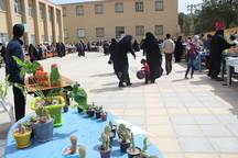 بازارچه کارآفرینی جشنواره نوجوان خوارزمی در میبد برپا شد