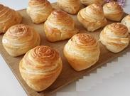 طرز تهیه نان هزارلایه در خانه