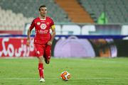 سید جلال: بهتر است هزینه خارجیها را صرف بازیکنان ایرانی کنند