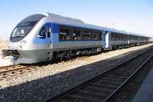 قطار شیراز - مشهد با اختصاص یک رام قطار جدید روزانه می شود
