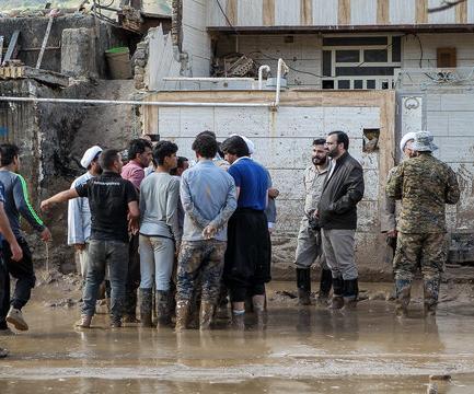 احیای منازل سیلزده سراب توسط جهادگران یزدی