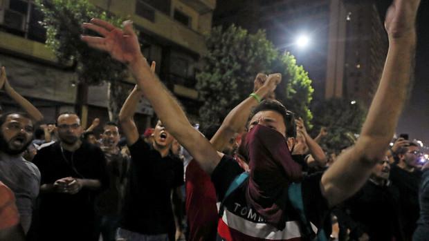 ادامه تظاهرات و اعتراض ها در مصر و تیراندازی نیروهای امنیتی