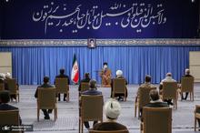 دیدار اعضای ستاد برگزاری کنگره ملّی بزرگداشت چهار هزار شهید استان یزد با رهبر معظم انقلاب