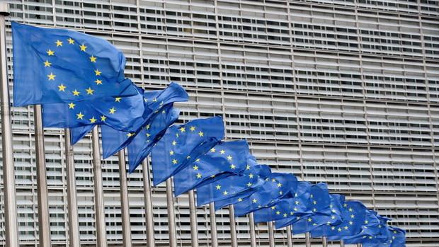 اروپا برای جلوگیری از فروپاشی افغانستان یک میلیارد یورو کمک می کند