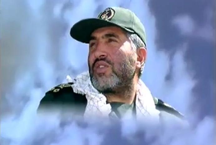 زائر ناشناس مزار شهید احمد کاظمی که بود؟