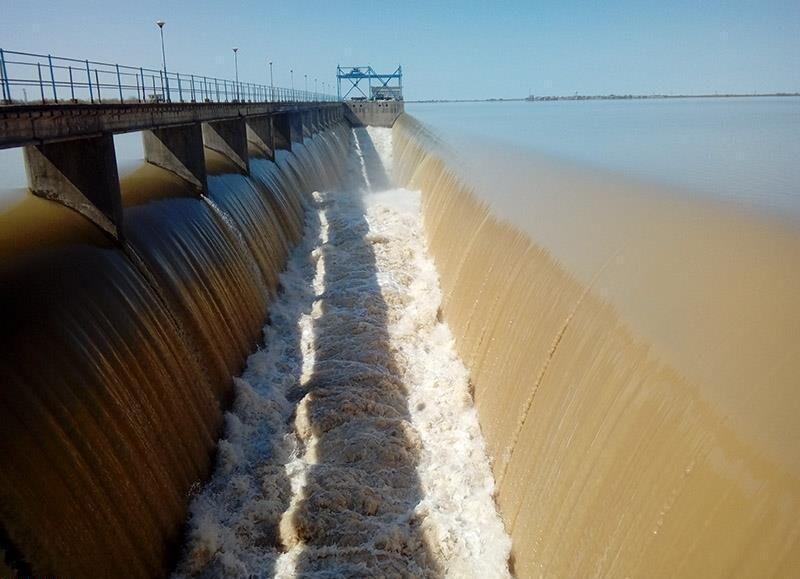 بخشی از آب ۳ سد در گلستان تخلیه شد