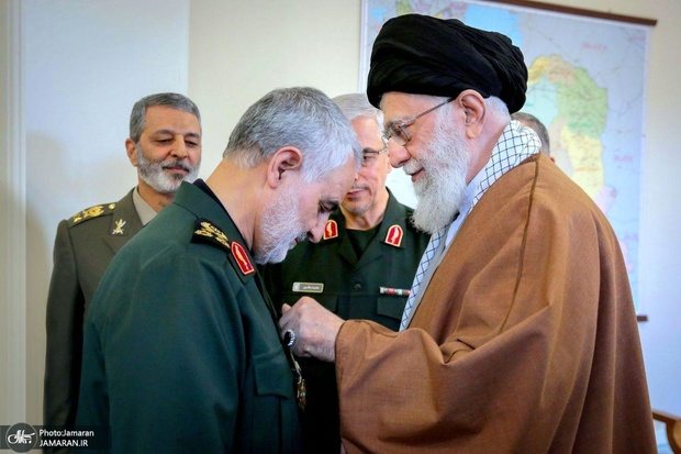 مجاهدت در راه خدا با این پاداشهای دنیایی قابل جبران نیست/ جمهوری اسلامی سالهای سال با ایشان کار دارد