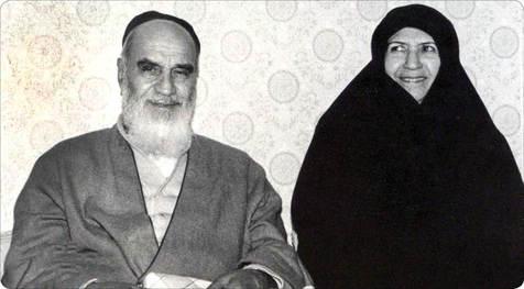 در نامه امام به همسرشان بر چه نکته ای تاکید شده؟/امام چگونه همسرشان را خطاب کرده اند؟
