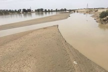آغاز عملیات لایروبی رودخانه مهران خاش