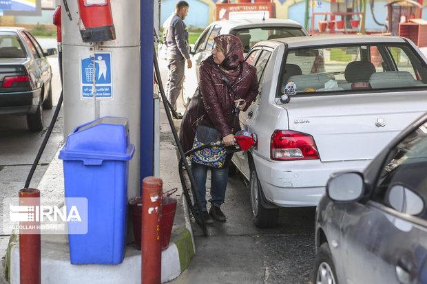 تعطیلی جایگاههای سوخت در منطقه میاندوآب صحت ندارد