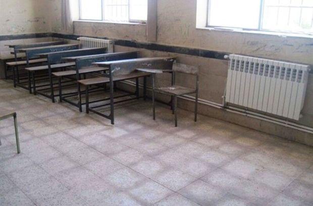 بخاری نفتی از ۱۰۷ کلاس درس مراوهتپه حذف شد