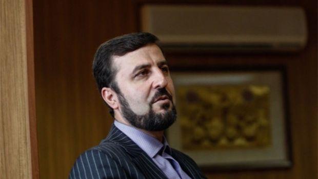 سفیر ایران: ایران از حق خود در صادرات نفت کوتاه نمیآید