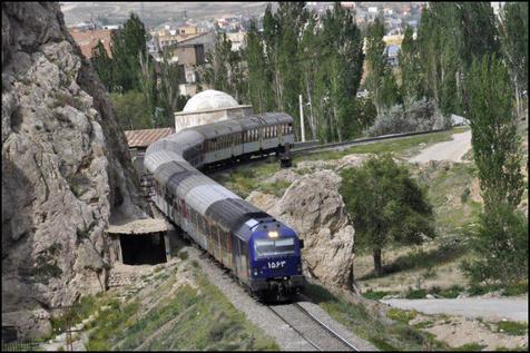 قیمت بلیت قطار ۲۵ درصد افزایش می یابد؟