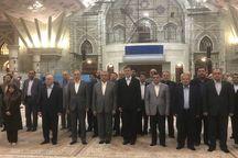وزیر نیرو با آرمانهای امام راحل تجدید میثاق کرد