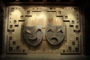 تئاتر عرصه ای برای ساخت فرهنگی جامعه هنرمندان نمایش نیازمند حمایت