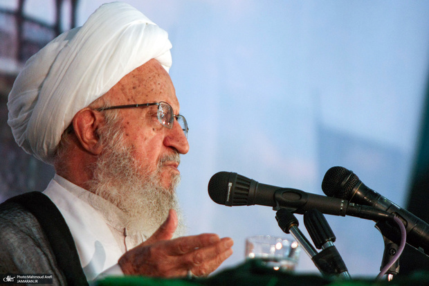 درخواست آیتالله مکارم شیرازی در مورد برگزاری کلاسهای حوزه علمیه