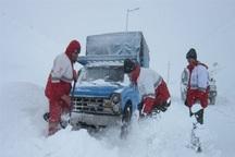 نجات 144 مسافر گرفتار در برف و کولاک توسط نجاتگران جمعیت هلال احمر آذربایجانشرقی