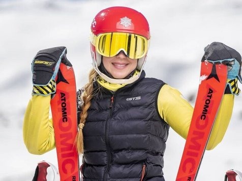خداحافظی اشکبار عضو تیم ملی اسکی زنان