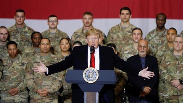 تحلیل یک روزنامه نگار از سفر بی اجازه ترامپ به افغانستان