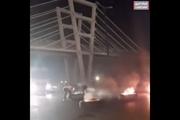 بستن جاده ماهشهر - بندرامام برای اعتراض به بی آبی + فیلم