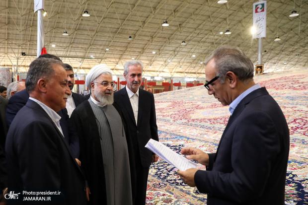 افتتاح نمایشگاه فرش دستباف تبریز با حضور رئیسجمهور