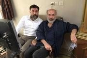 علی انصاریان در کنارِ کیانوش عیاری/ عکس