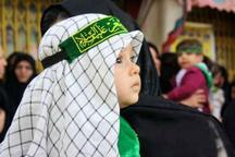 """نوای لالایی """"علی اصغر """" در مصلی ساری طنین انداز شد  دستهای کوچکی که گره های بزرگ باز می کند"""