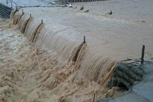 سیلاب چهارمسیر در جنوب سیستان و بلوچستان را مسدود کرد